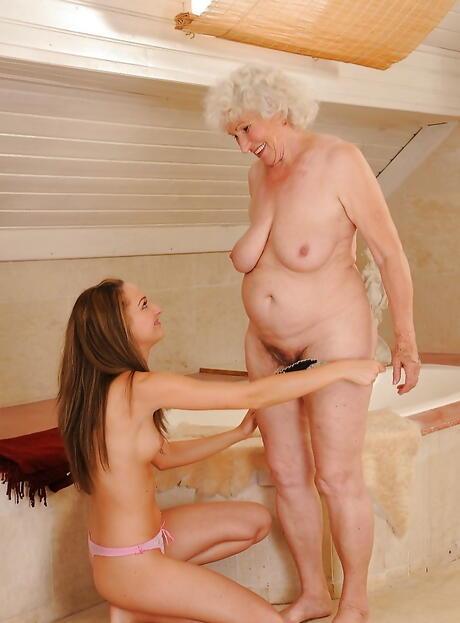 Big naturals Sex Galleries