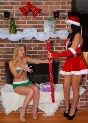Christmas Sex Galleries
