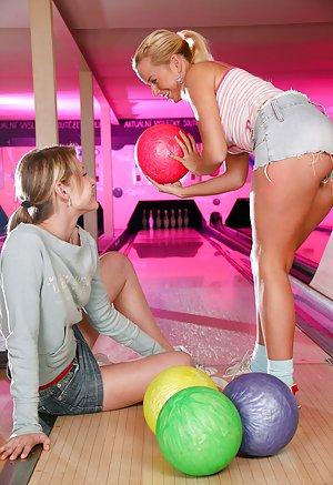 Lesbian Sports Sex Galleries